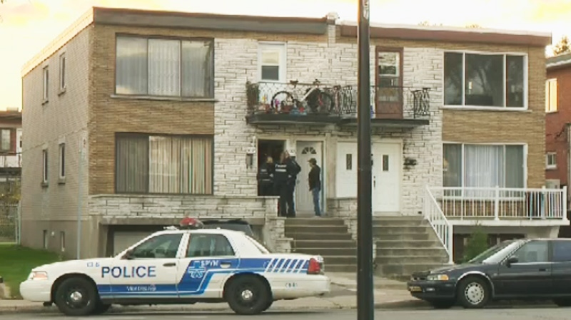 Police are seen here evacuating residents from homes on Airlie about a half a block down from de la Verendrye. (CTV Montreal Oct. 27, 2013)