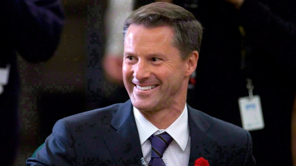 The RCMP has dropped its probe into the $90,000 cheque Nigel Wright wrote to suspended Sen. Mike Duffy. (Adrian Wyld / THE CANADIAN PRESS)