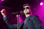 Robin Thicke performs onstage at the 97.1 AMP Radio Halloween Masquerade concert at the Palladium on Saturday, Oct. 26, 2013 in Los Angeles. (Invision / Paul A. Hebert)