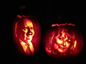 Mike Duffy and Pamela Wallin Pumpkins. (LeeAnne Scott/MyNews)