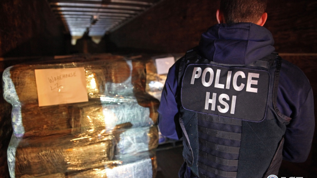 Drugs smuggled in tunnel