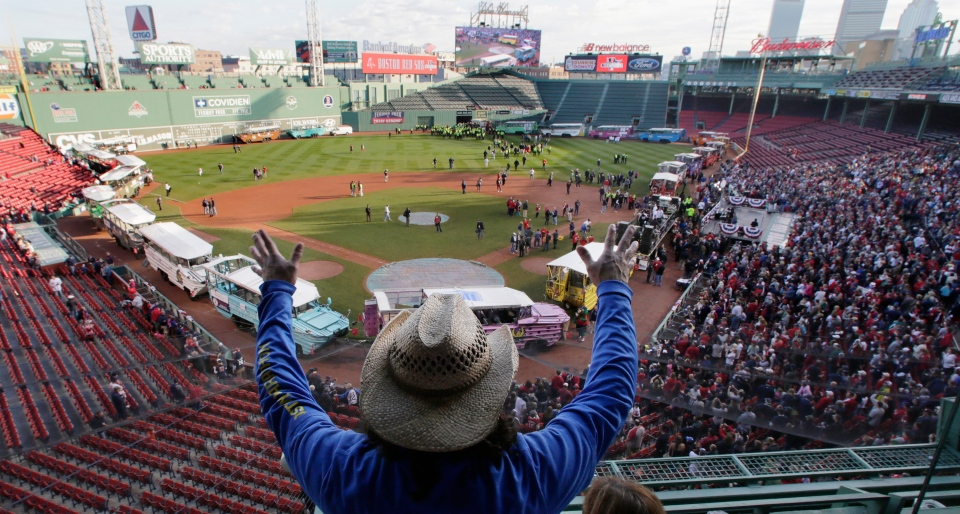 Get the latest on the Boston Red Sox including news scores and game breakdowns Read more on Bostoncom