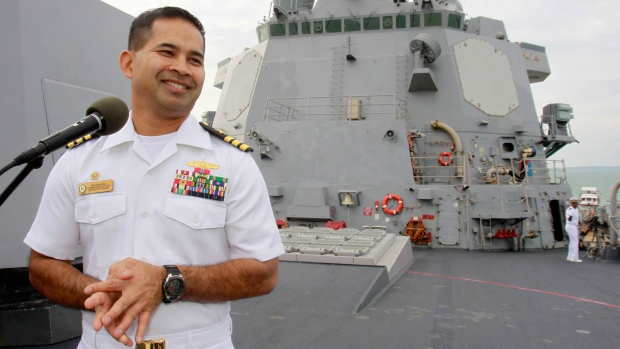 U.S. Navy officer sold secrets