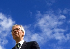 Liberal Leader Stephane Dion walks down from Parliament Hill following his speech announcing the 'green shift plan in Ottawa, Thursday, June 19, 2008. (Tom Hanson / THE CANADIAN PRESS)