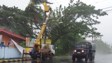 Massive typhoon hits Philippines