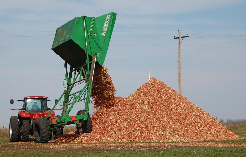 Federal carbon tax hitting Manitoba grain farmers hard