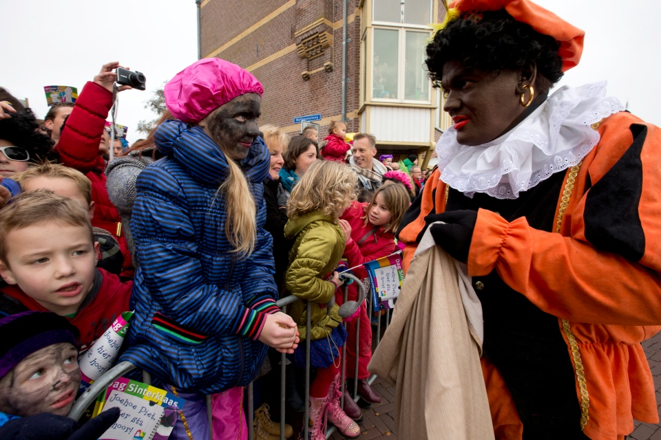 Saint Nicholas Traditions >> Polarizing debate over Dutch blackface holiday tradition continues | CTV News