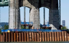 Mulcair blasts Harper over Champlain Bridge