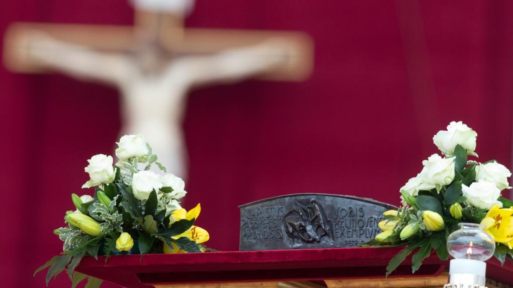 Vatican unveils disputed bone fragments