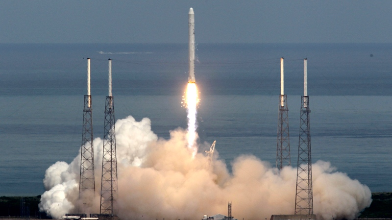 The SpaceX Falcon 9 test rocket lifts off from complex 40 at the Cape Canaveral Air Force Station in Cape Canaveral, Fla., Friday, June 4, 2010, (AP / John Raoux)