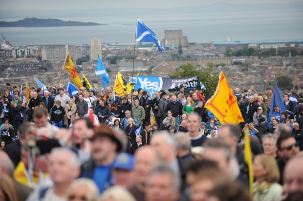 With polls tight on Scottish independence, rest of UK
