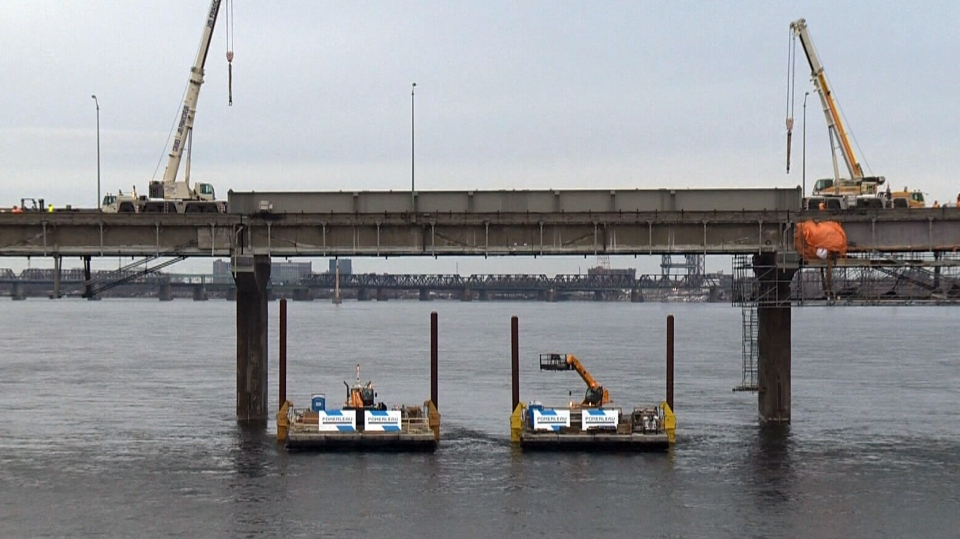 Champlain Bridge slowly reopens