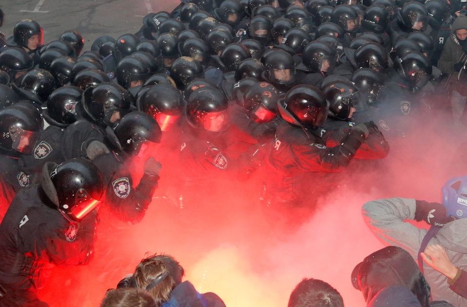 Protesters clash with police outside the presidential office in Kyiv, Ukraine, on Dec. 1, 2013. (AP / Efrem Lukatsky)