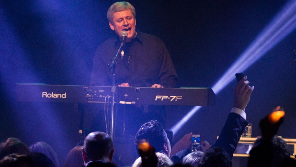 Stephen Harper to visit Israel in 2014
