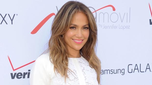Jennifer Lopez to receive parenting honour