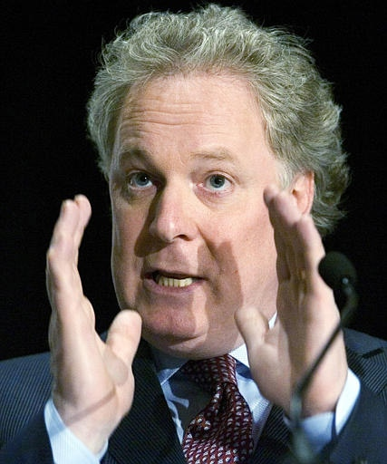 Quebec Liberal leader Jean Charest speaks to the Chamber of Commerce in Laval, Que., Monday, March 19, 2007. (CP / Ryan Remiorz)