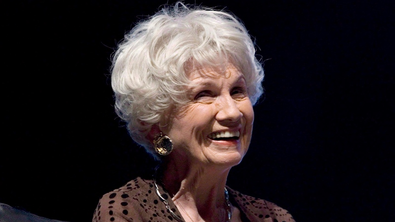 Canadian author Alice Munro attends the opening night of the International Festival of Authors in Toronto on October 21, 2009. (THE CANADIAN PRESS/Chris Young)