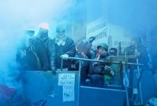 Harper condems police action in Ukraine