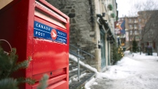 Canada Post stops delivery