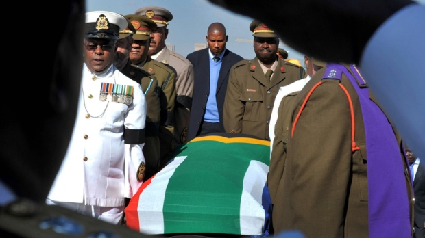 Mandela funeral traditions