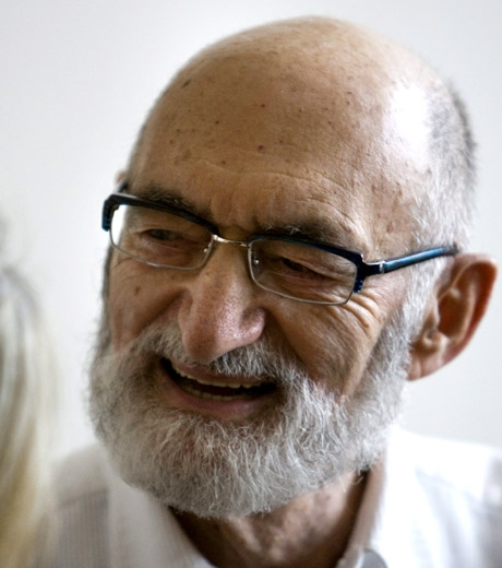 Dr. Henry Morgentaler smiles as he answers questions during a news conference in Toronto on Wednesday, July 2, 2008. (Frank Gunn / THE CANADIAN PRESS)