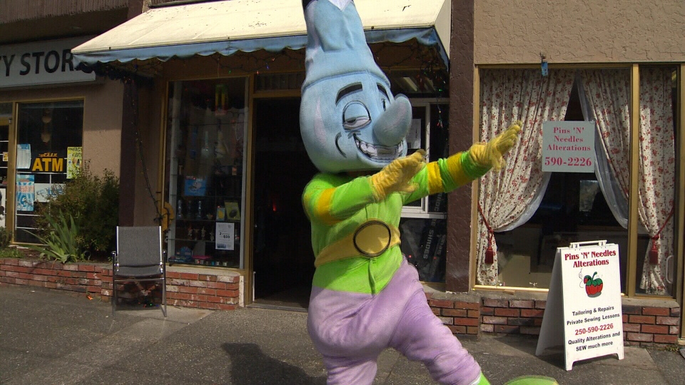 The owner of an Esquimalt, B.C., pot paraphernalia store says the town has made it too costly for him to continue business, so he and store mascot 'Bongy,' must pack up and move elsewhere. Dec. 18, 2013. (CTV)