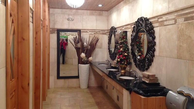 Valleyview Shell restrooms