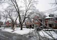 Ice storm hits Eastern Canada
