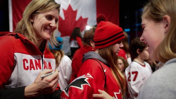 18c574a67b2 Canada finalizes women s hockey roster for Sochi Olympics