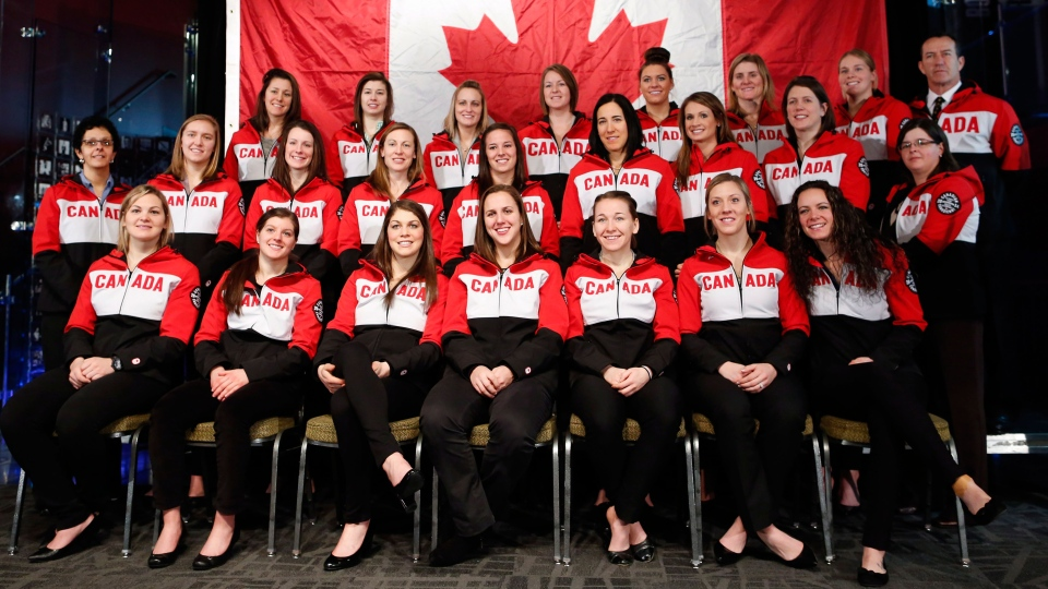 Canada finalizes women's hockey roster for Sochi Olympics ...