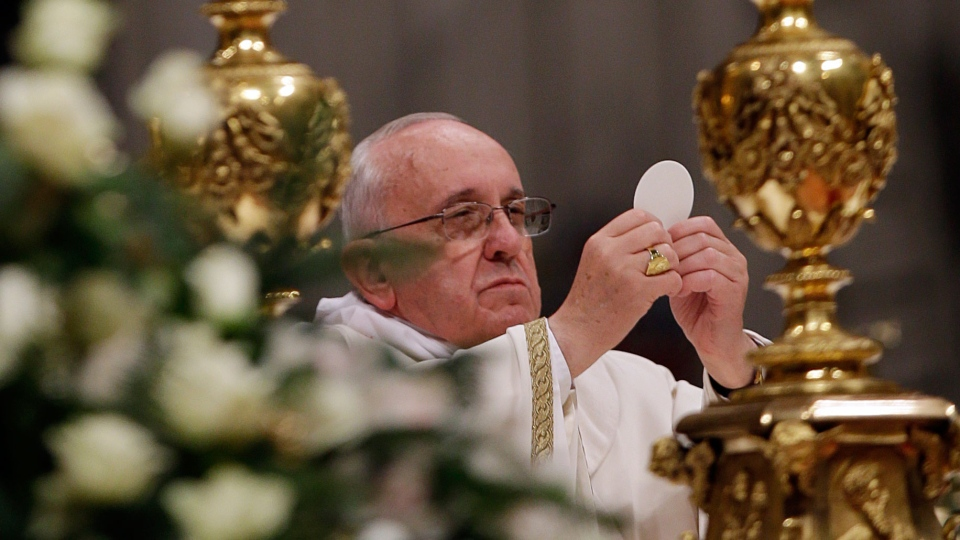 Pope Francis celebrates first Christmas Eve Mass as pontiff at St ...