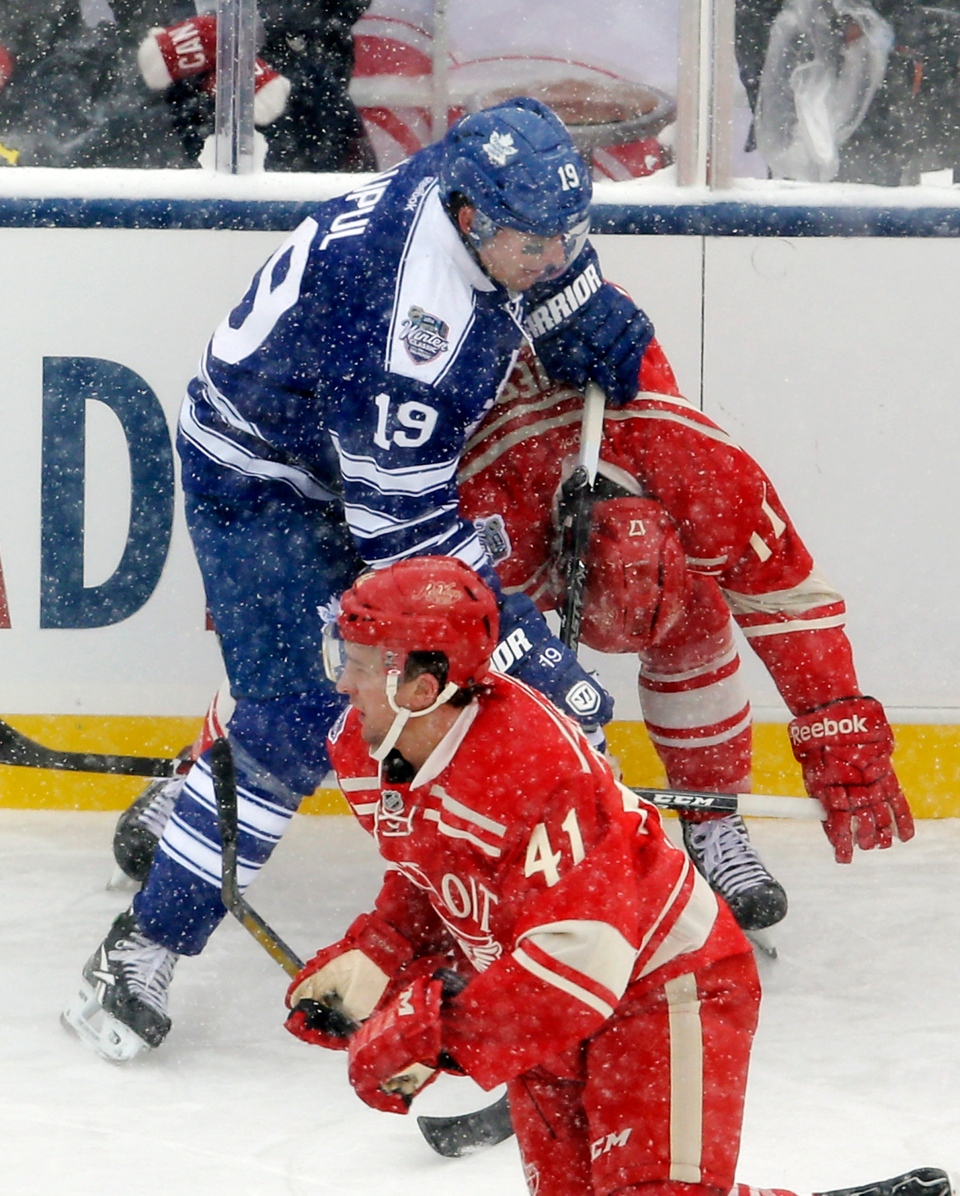 317d009db41 Maple Leafs beat Red Wings in shootout at snowy Winter Classic   CTV ...
