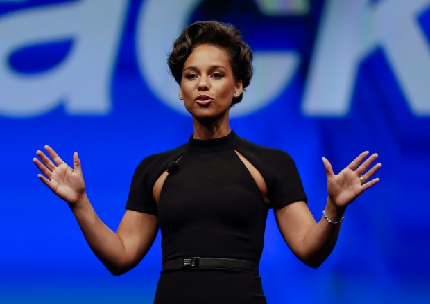 picture of Singer Alicia Keys steps down from BlackBerry as its global creative director