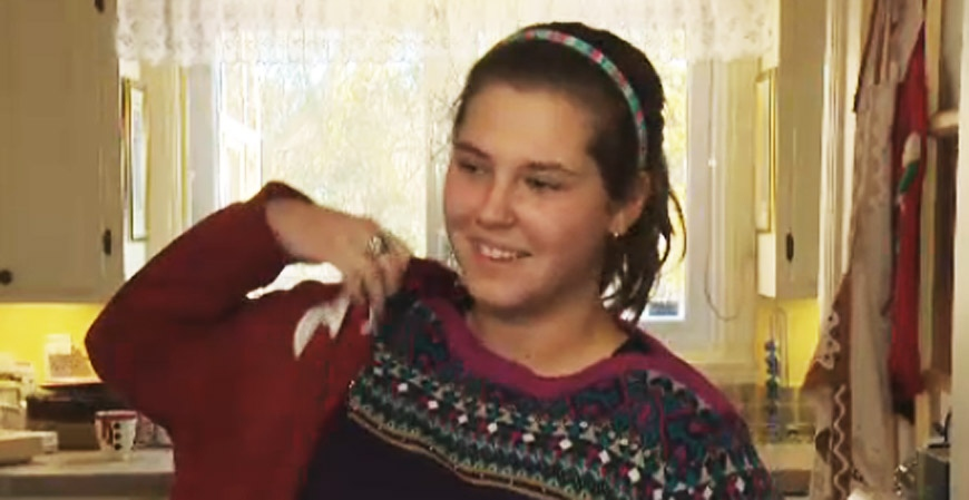 Miranda Rodriguez, 15, won't be wearing a headband in her Medicare card photo. (CTV Montreal Jan. 3, 2013)