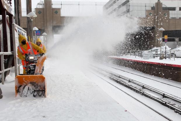 Winter storm hits U.S.