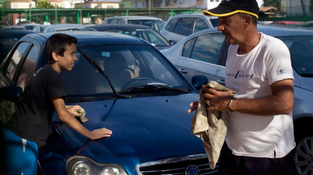 Used Car Dealerships Windsor >> New law easing car sales takes effect in Cuba, but here a ...