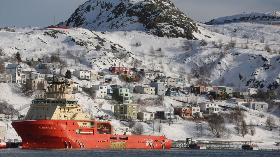 An overall view of the city harbour after a winter storm hit St.John's. N.L., Sunday, Jan.5, 2014. (Paul Daly / THE CANADIAN PRESS)