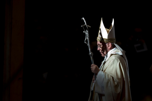 Pope Francis holds Mass to mark Epiphany