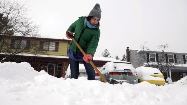 Farmers' Almanac predicts nasty winter: 'shivery and shovelry'