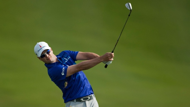 Zach Johnson wins Tournament of Champions