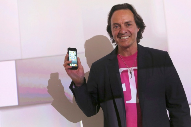 T-Mobile CEO crashes AT&T party