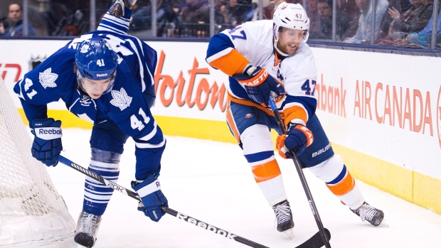 Islanders claim 5-3 victory over Maple Leafs