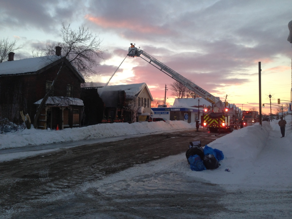 OPP investigate a fire at an abandoned house in Orillia, along Front Street South on Wednesday, Jan. 8/14. (Courtney Heels / CTV Barrie)