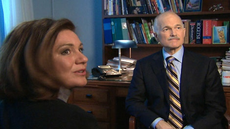Lisa LaFlamme interviews Jack Layton on budget day, March 2011.