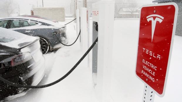 Concerns over Tesla Model S overheating