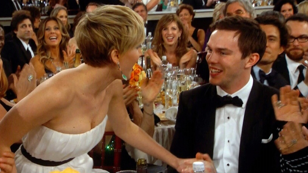 Jennifer Lawrence kiss Nicholas Hoult