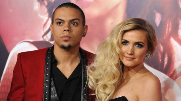 Ashlee Simpson, Evan Ross engaged