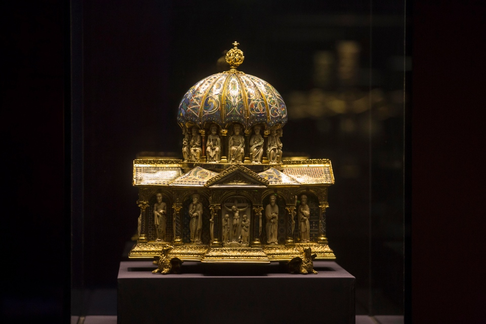 In this picture taken Jan. 9, 2014 the medieval Dome Reliquary (13th century) of the Welfenschatz, is displayed at the Bode Museum in Berlin. (AP / Markus Schreiber)