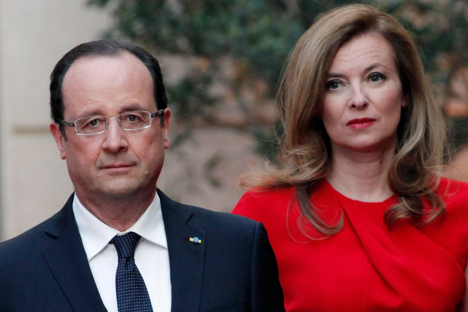 French President Francois Hollande, left, and Valerie Trierweiler arrive for a state dinner at the Elysee Palace, in Paris, Tuesday, May. 7, 2013. (AP / Thibault Camus)