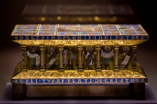 Medieval portable altar in ownership dispute